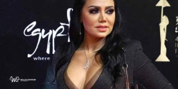"""رانيا يوسف تواصل """"فضح المتحرشين"""" وتنشر 4 صور جديدة"""